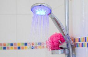 pression d'eau douche