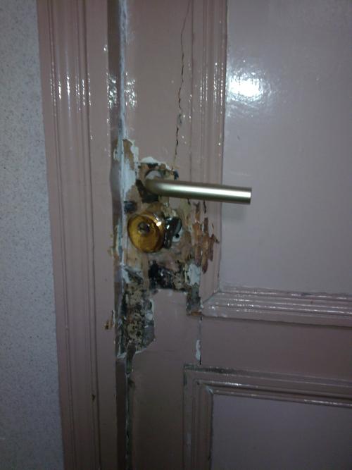 Tentative d'effraction sur la porte
