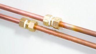 Comment réparer une fuite tuyau cuivre ?