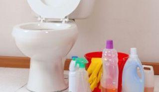 Détartrer des WC