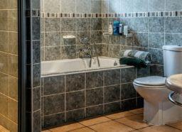 Salle de bains : répartir de zéro ou rénover