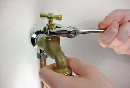 Fuite d'eau robinet : réparation des joints