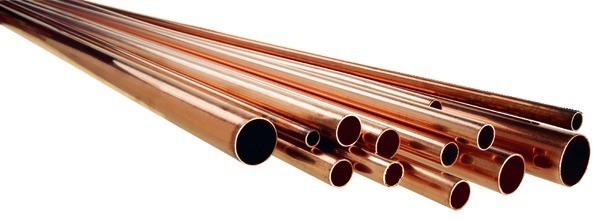 Le tuyau en cuivre
