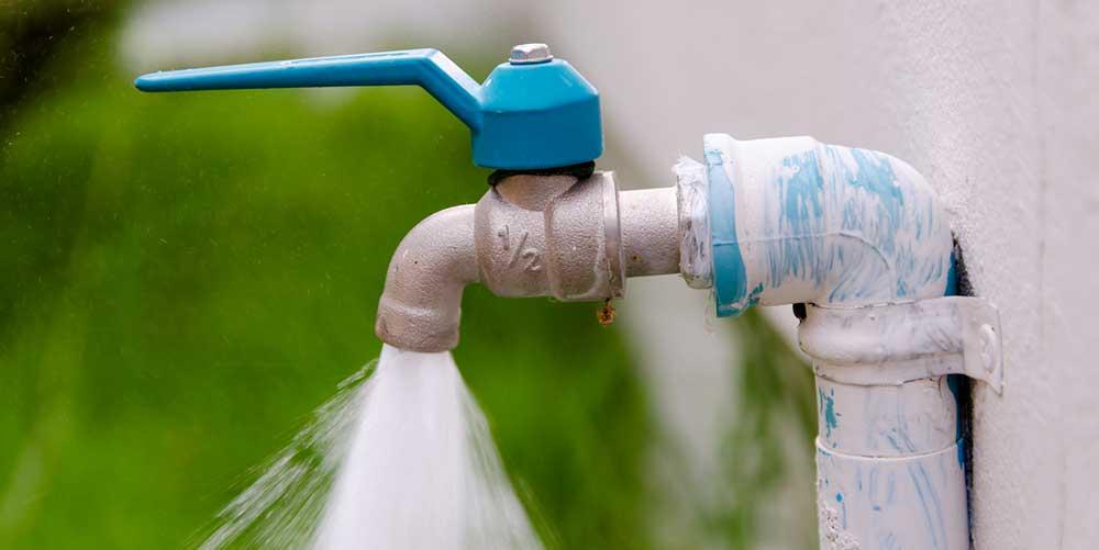 Poser un robinet extérieur