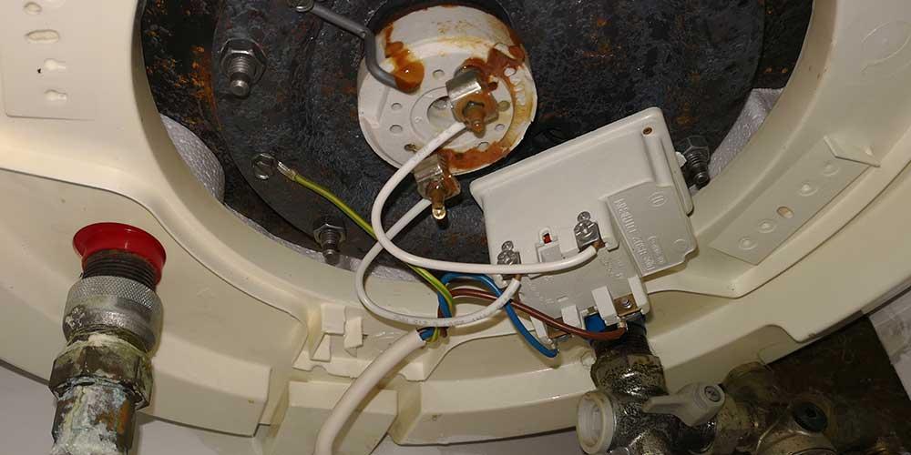 Réparer un chauffe-eau en panne