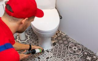 Installation WC par des professionnels du métier