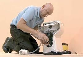 Débouchage WC sanibroyeur